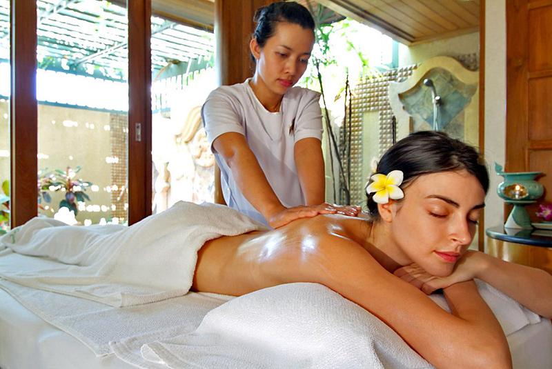 Rita Peach Massage Room
