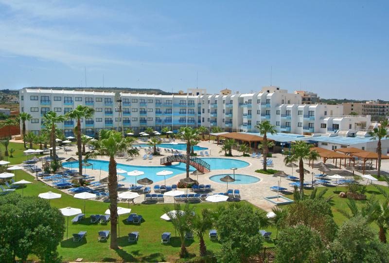 Atostogos Kipre, 3* viešbutyje su AI dabar tik 1508 lt.!!!