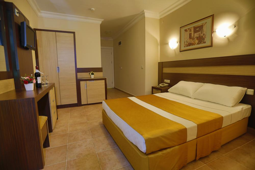 alanya chat rooms Offering a combination of comfort and convenience, led tv in our rooms, air conditioning, electric stove, coffee maker, microwave, refrigerator and kitchen equipment are provided as standard.