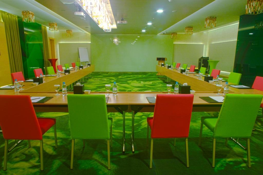 Al khoory executive hotel 3 дубай отзывы дешевые квартиры дубай