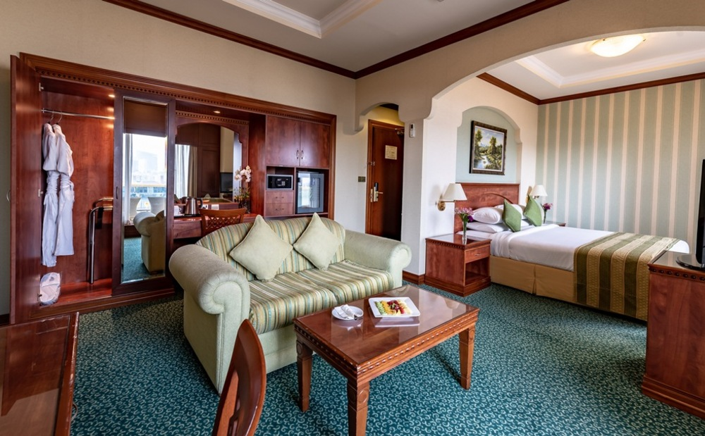Riviera hotel 4 дубай дейра купить квартиру в китае 2018