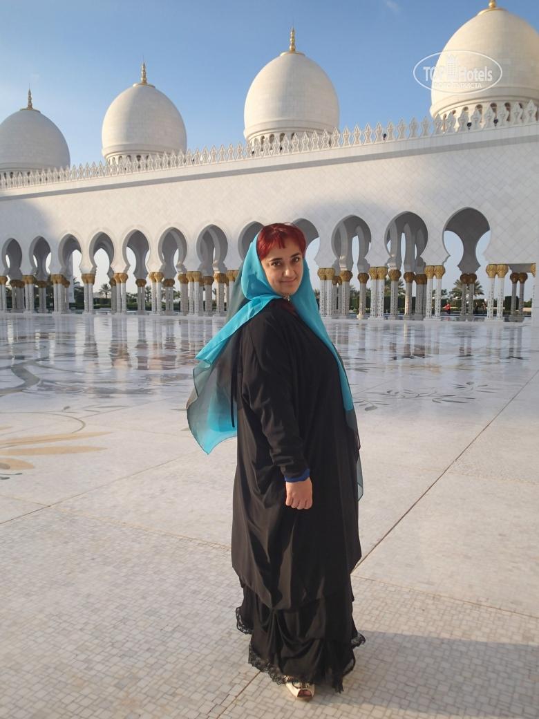 как одеваются в эмиратах туристы фото кирпичи имеют прямоугольную
